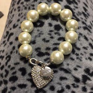 Chico's pearl stretch bracelet